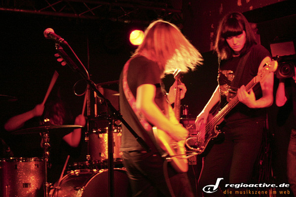 blues, folk, garage und wunderbare duette - Band Of Skulls live im Magnet Club in Berlin